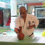 Breaking a clay decanter with his Shuto by Shihan Muthukumarana (similar to bottle cut)